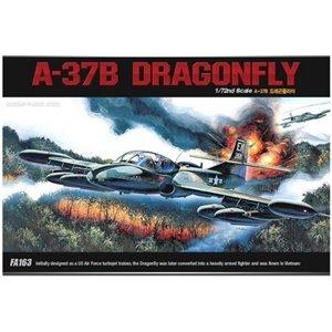 A-37B DRAGONFLY 1/72