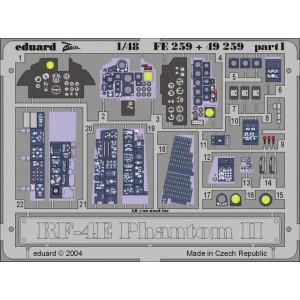 RF-4E Phantom Interior ZOOM...